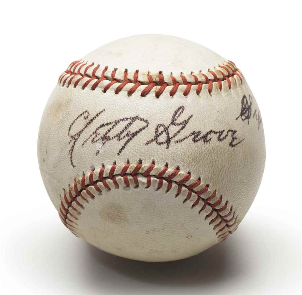 LEFTY GROVE SINGLE SIGNED BASE