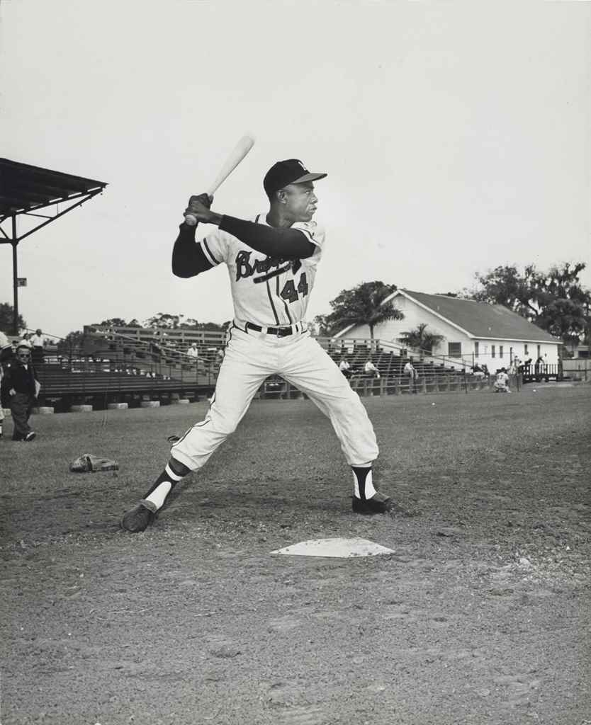 HANK AARON PHOTOGRAPH