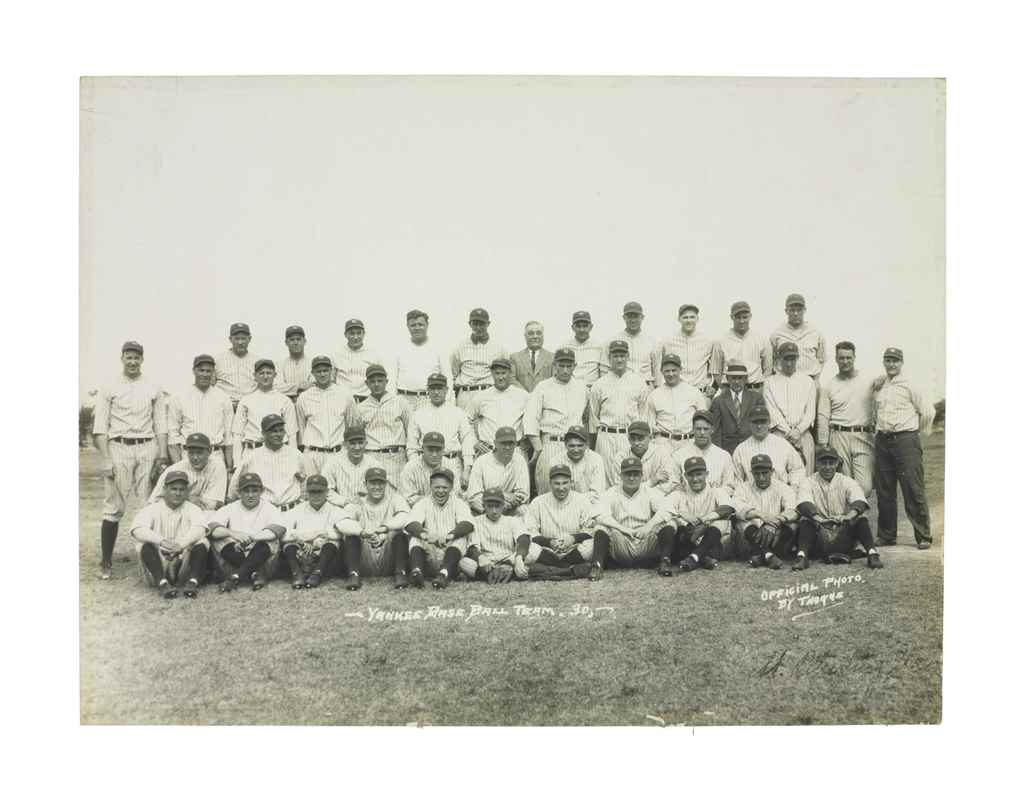 1930 NEW YORK YANKEES TEAM PHO