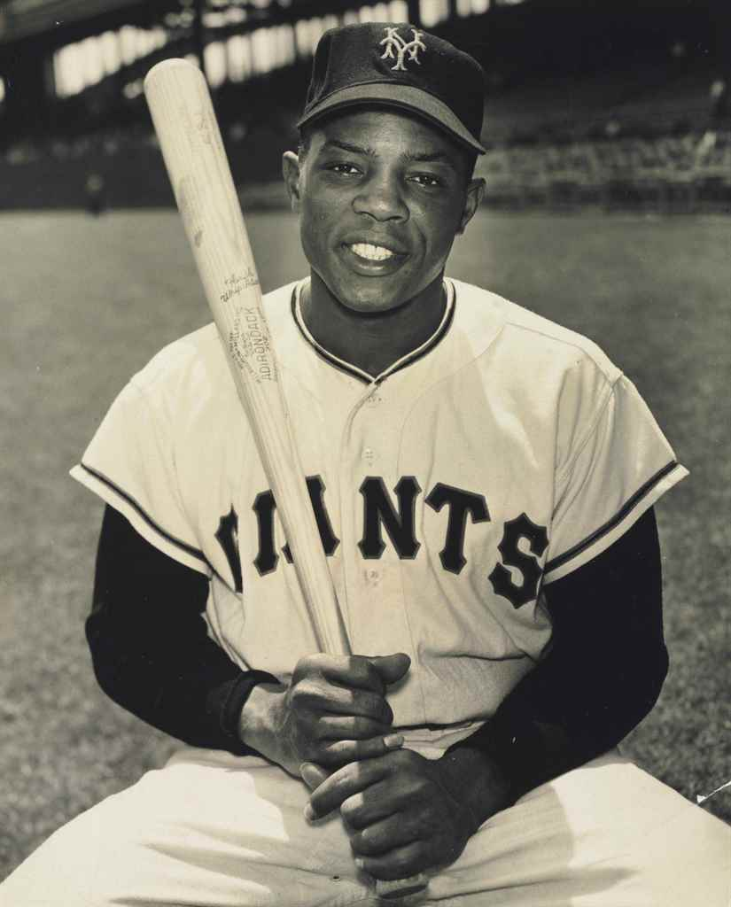 WILLIE MAYS PHOTOGRAPH