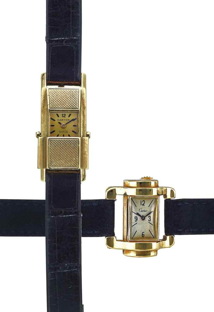 CARTIER. AN 18K GOLD DIVER AND