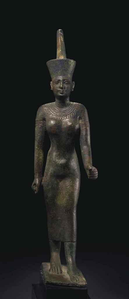 AN EGYPTIAN BRONZE NEITH