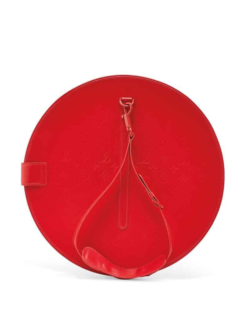 Sac op art circulaire en veau miroir rouge garniture en for Miroir rouge