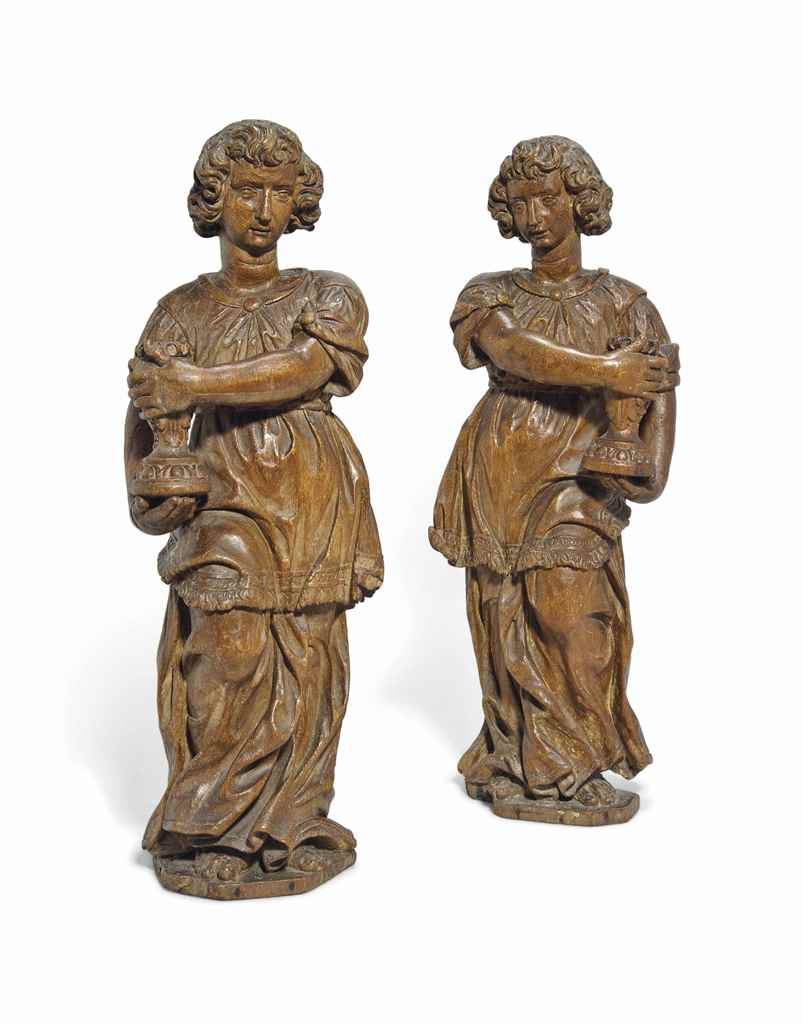 A PAIR OF NETHERLANDISH OAK FI