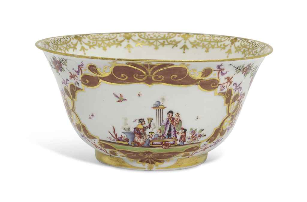 A MEISSEN CHINOISERIE SLOP-BOW