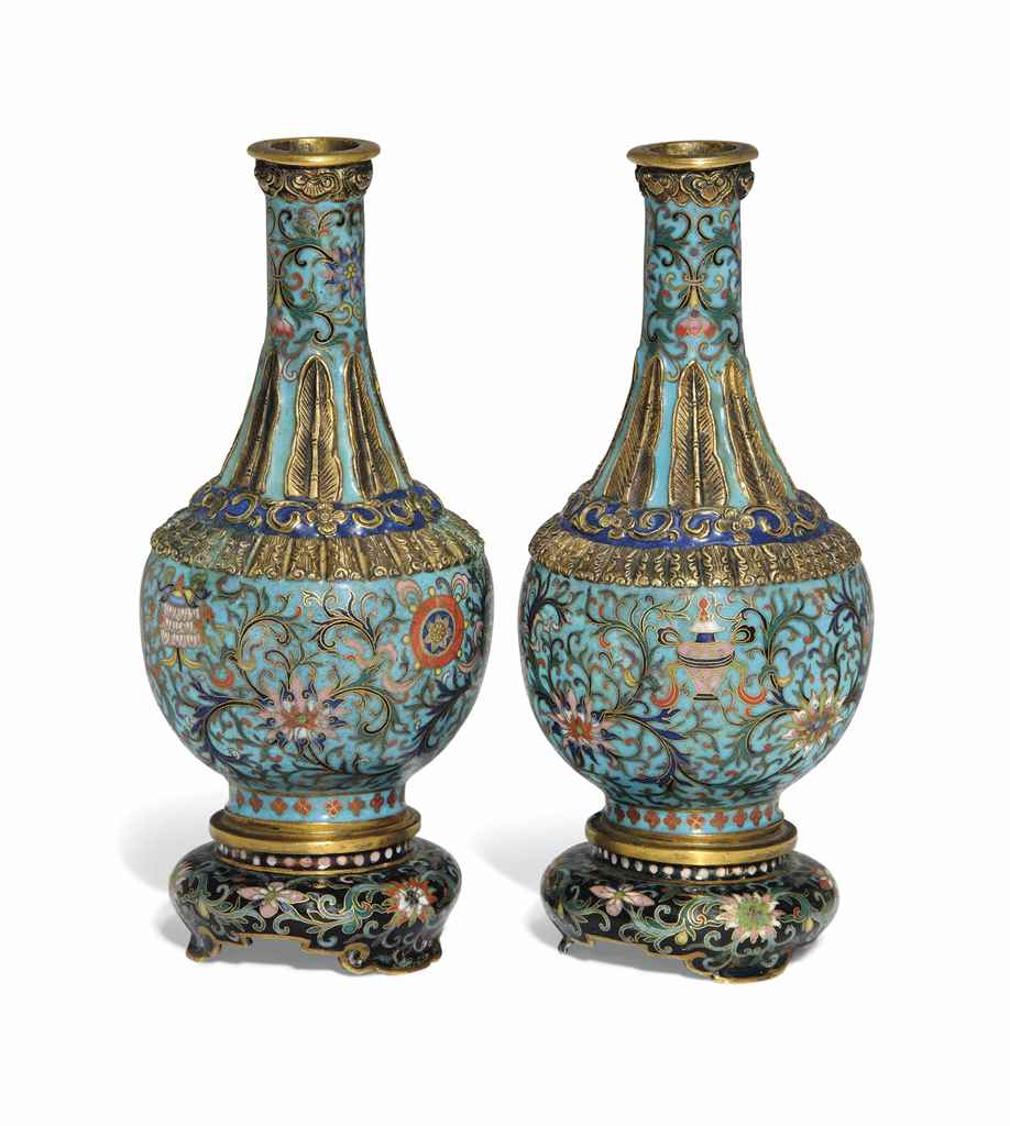 A PAIR OF SMALL CLOISONNÉ AND