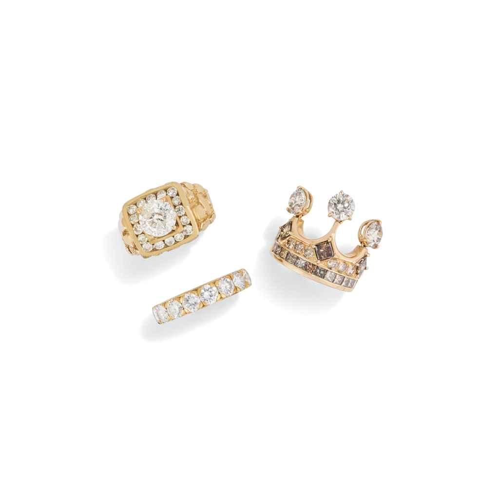 FIVE COLOURED DIAMOND AND DIAM