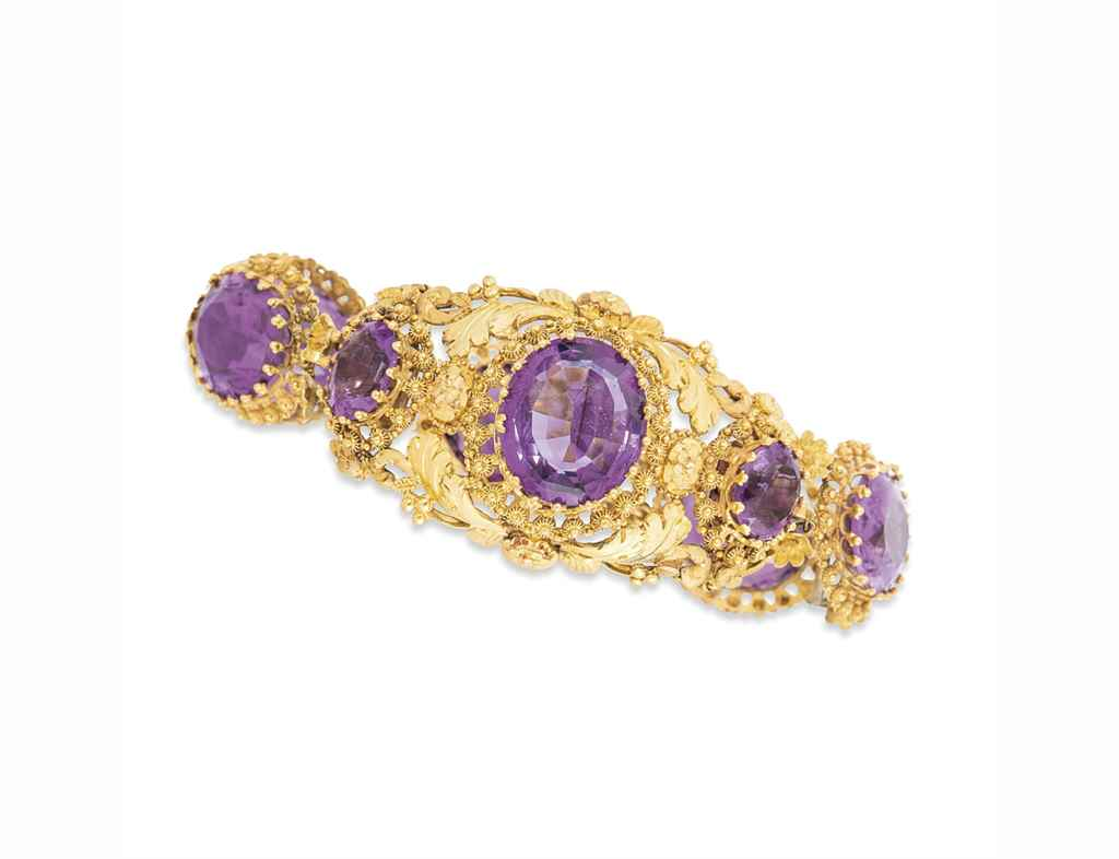 AN EARLY 19TH CENTURY AMETHYST