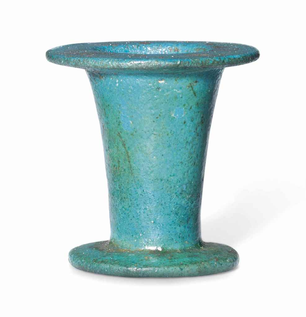 An egyptian turquoise faience cosmetic jar middle for Faience turquoise