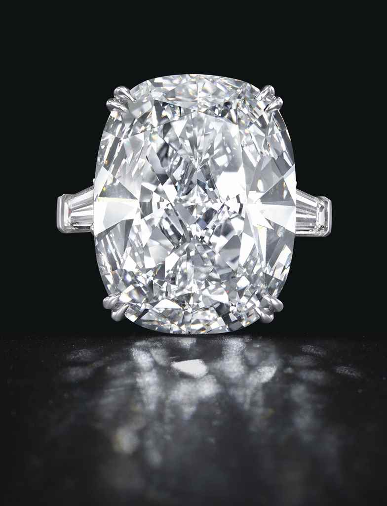 A RARE DIAMOND RING, BY LEVIEV