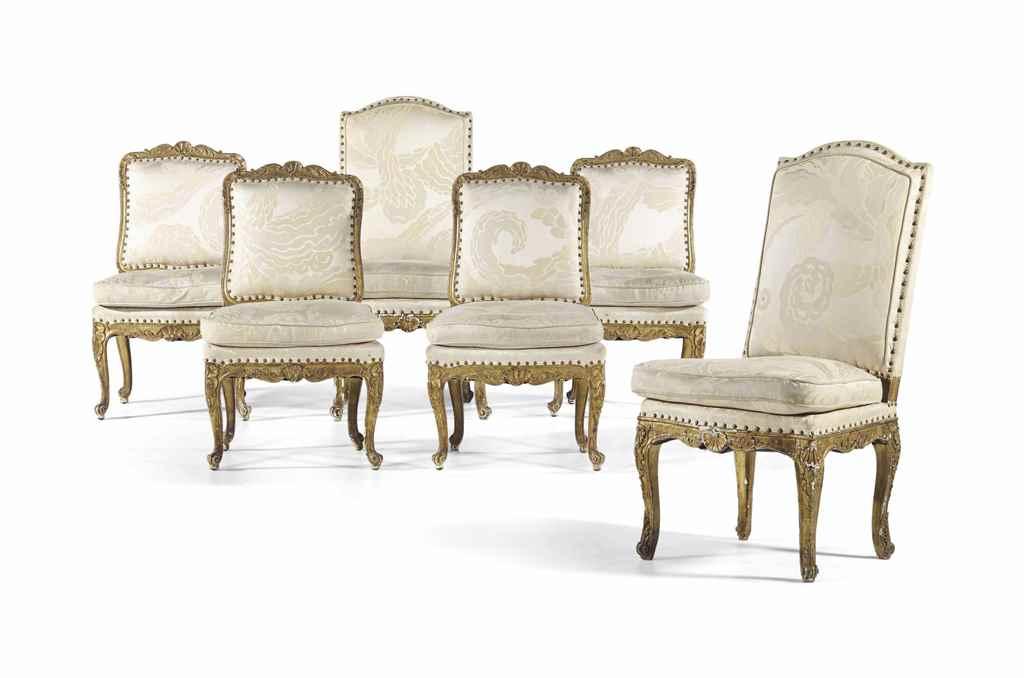 Suite de quatre chaises basses et deux chaises hautes d for Chaise haute solde