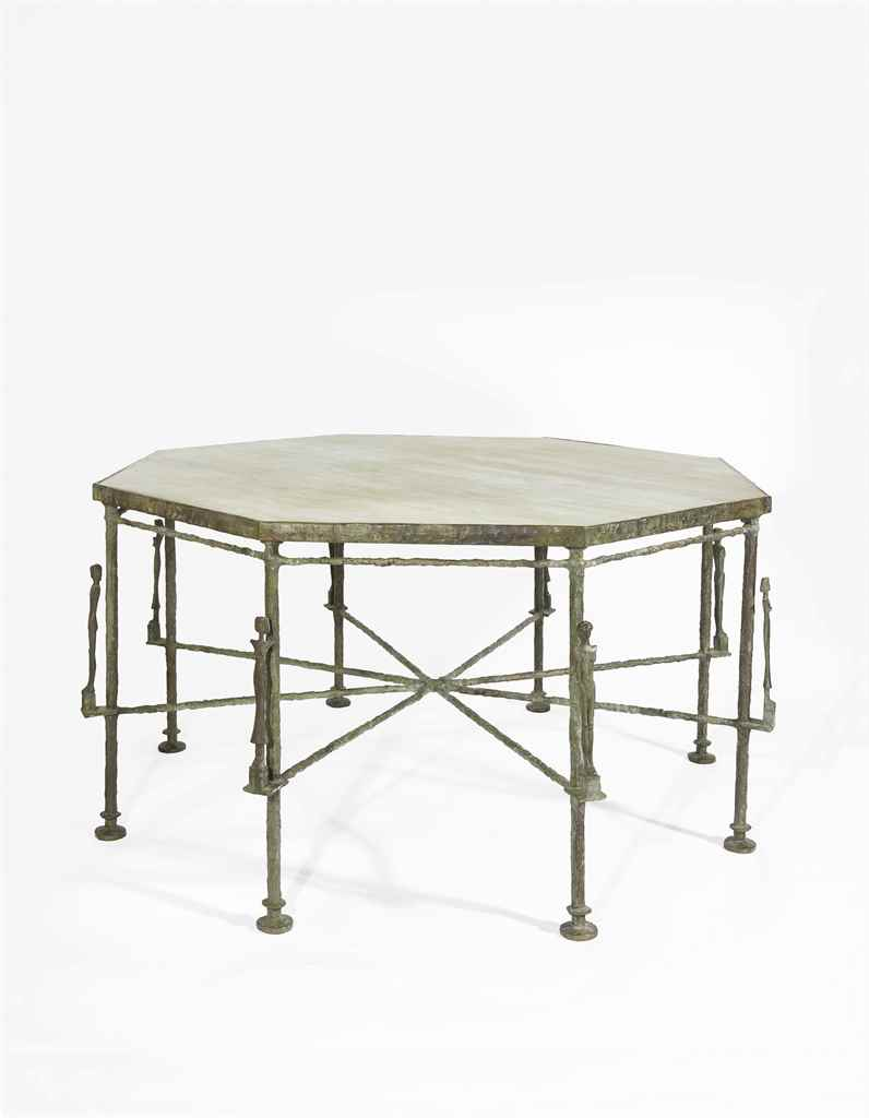 Diego giacometti 1902 1985 table octogonale aux for Table exterieur octogonale