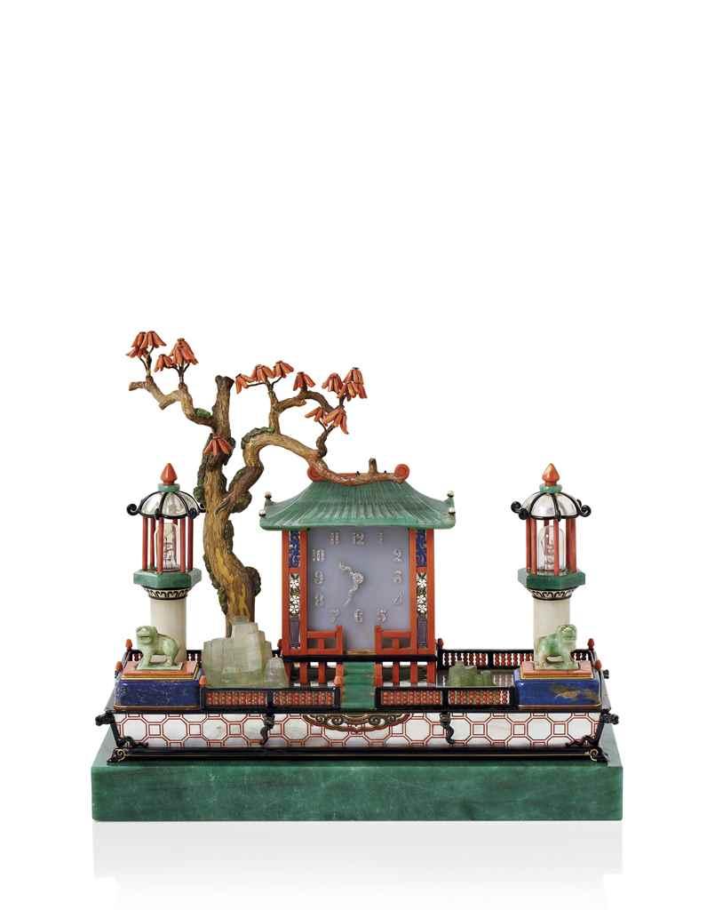 n cessaire de bureau art d co jardin japonais par cartier christie 39 s. Black Bedroom Furniture Sets. Home Design Ideas