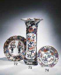 An Imari barber's bowl
