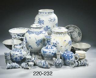 A set of twelve Hatcher Cargo