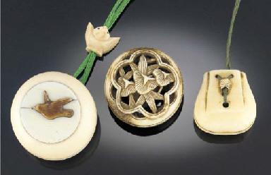 An ivory netsuke of a kinchgu
