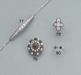 AN ANTIQUE DIAMOND AND SAPPHIR