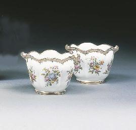 A pair of Coalport cache pots