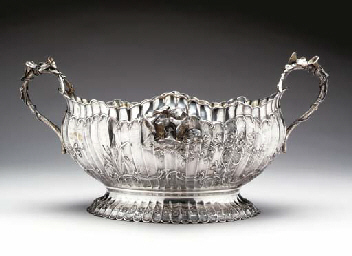 A GERMAN CENTERPIECE BOWL,
