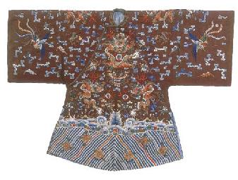 A semi-formal robe of chestnut