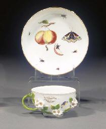 A Meissen flower-encrusted tea