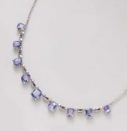 A DIAMOND, SAPPHIRE AND SIMULA
