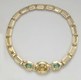 A MULTI-GEM AND GOLD NECKLACE,