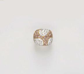 A DIAMOND AND COLORED DIAMOND