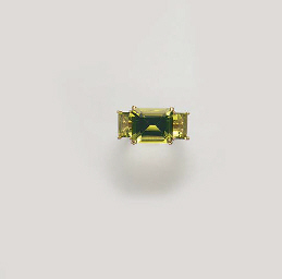 A PERIDOT AND COLORED DIAMOND