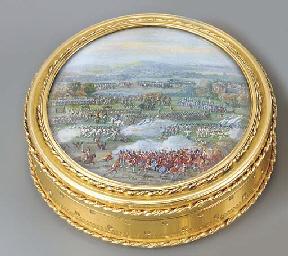 A LOUIS XVI GOLD BOÎTE-À-MINIA