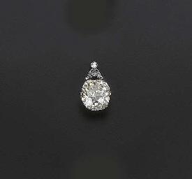 A BELLE EPOQUE YELLOW DIAMOND
