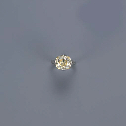 A YELLOW DIAMOND SINGLE-STONE