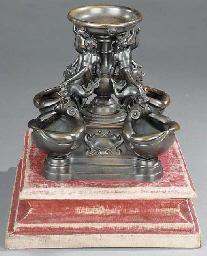An Italian bronze table founta
