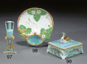 A Minton majolica strawberry d