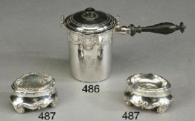 Coppia di saliere in argento,