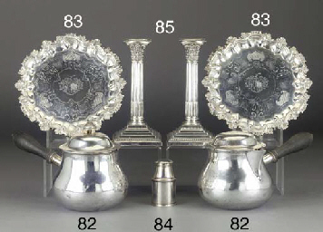 A PAIR OF EDWARDIAN SILVER CAN