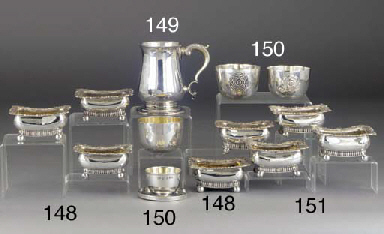 A GEORGE V SILVER TUMBLER CUP