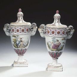 A pair of Samson Sceaux-patter