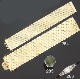 Due bracciali in oro giallo
