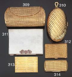 Portasigarette in oro