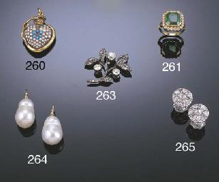 A VICTORIAN FLORAL DIAMOND BRO