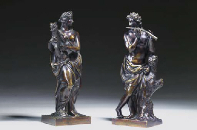 A PAIR OF BRONZE FIGURES REPRE
