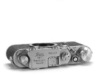 Leica IIIc no. 379713