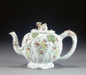 A CHINESE EXPORT TEAPOT AND CO