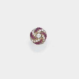 A Kutchinsky gold, diamond and