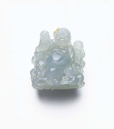 A CARVED JADEITE BUDAI BUDDHA