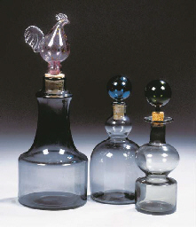 A carafe and stopper