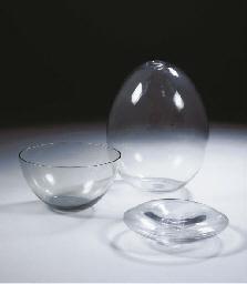 (3) Soap bubble, a vase