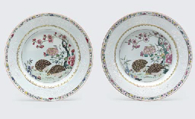 A PAIR OF FAMILLE ROSE 'QUAIL'