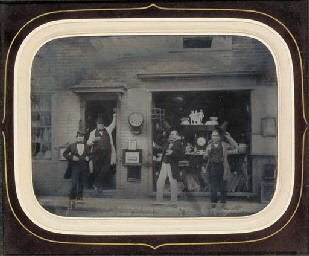 Reeves Antique Shop, Courthous